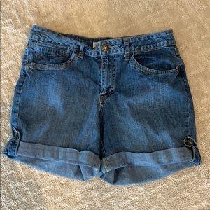 Woman's St. John's Bay Jean Shorts Size 12